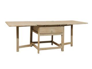 A Swedish 18th C. Drop Leaf Table