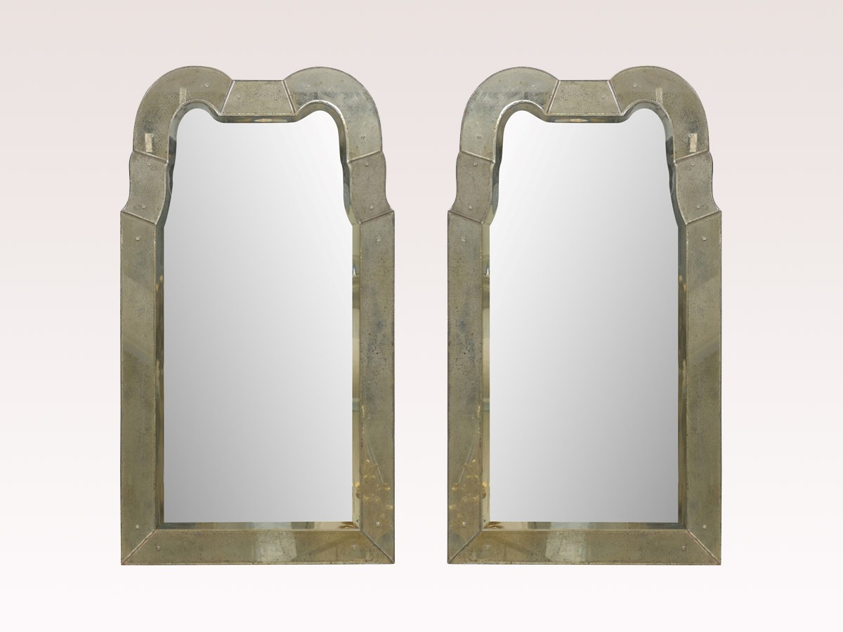 Queen Anne Venetian Style Mirror