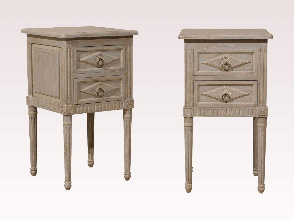 Pair Of Painted Nightstand Tables 753 A Tyner Antiques