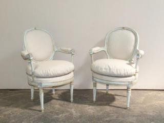 Chair 271