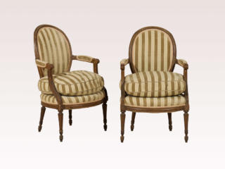 Chair 329