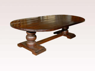 Oval Dining Room Trestle Table