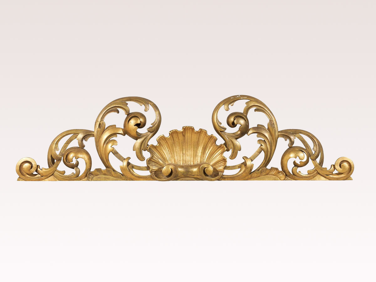Giltwood Italian Wall Ornament